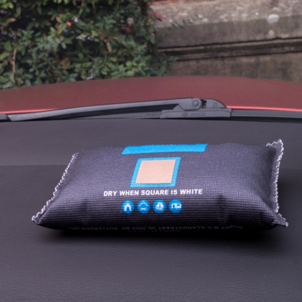 Luftentfeuchter - Geruchsentferner - Lufterfrischer fürs Auto